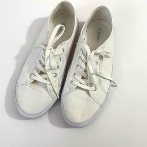 SALE 2 for $15   Old Navy White Lace Up Sneakers